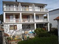 Apartments Marijan - Comfort Two-Bedroom Apartment with Balcony - Apartments Pirovac