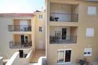 Villa Iris Apartments - Comfort Apartment mit 2 Schlafzimmern - Ferienwohnung Trogir