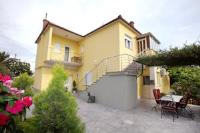 Apartment Tinel - Apartment mit 3 Schlafzimmern und Balkon - apartments trogir