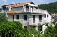 Apartments Boris - Apartment mit 1 Schlafzimmer und Balkon - Ferienwohnung Smokvica