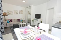 Apartments Amfora - One-Bedroom Apartment - Apartments Kozino