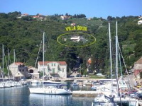 Villa Šolta - Two-Bedroom Apartment with Balcony and Sea View - Houses Vela Luka