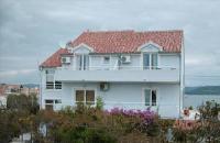 Rooms & Apartments Marinero - Double Room with Balcony - Apartments Betina