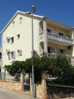 Apartments Domora - One-Bedroom Apartment with Terrace - apartments trogir