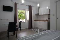 Apartments Svilan - Studio-Apartment - Ferienwohnung Trogir