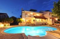 Apartments Villa Marnii - Apartman s 1 spavaćom sobom i balkonom s pogledom na more - u potkrovlju - Apartmani Kozino