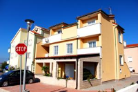 Apartments Miki - One-Bedroom Apartment with Terrace - Apartments Povljana