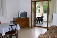 Apartment in Petrcane Dalmatia III - One-Bedroom Apartment - Apartments Petrcane