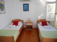 Guest House Zanetic - Soba s 2 odvojena kreveta i terasom s pogledom na vrt - Sobe Korcula
