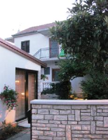 Gulin Apartments - Appartement en Duplex - Vodice