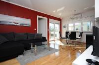 Apartment MaDe - Apartman s 2 spavaće sobe s terasom - Apartmani Petrcane