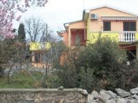 Apartments Mirjana - Two-Bedroom Apartment with Balcony - Apartments Petrcane