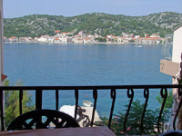 Apartments Ive - One-Bedroom Apartment with Balcony and Sea View - Tisno