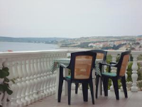 Apartments Kuss - One-Bedroom Apartment with Terrace and Sea View - Houses Stranici