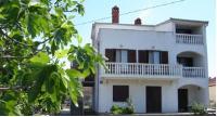 Apartmani Ždrelac - Apartment mit 2 Schlafzimmern und Terrasse - Ferienwohnung Zdrelac