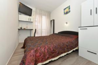D&A Accommodation - Dvokrevetna soba s bračnim krevetom - zadar sobe