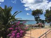 Apartments Palma - Apartment with Sea View - Pirovac