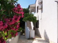Apartments Ivana - Two-Bedroom Apartment with Terrace - Povljana