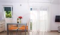 Stari Dvori - Apartment with Sea View - Apartments Seget Donji