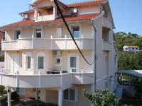 Vila Rosa - Three-Bedroom Apartment with Balcony - Apartments Tkon