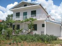 Apartments Zora - Apartment - Erdgeschoss - Pirovac