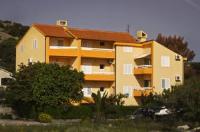 Apartments Haidi - Apartment mit 1 Schlafzimmer - Ferienwohnung Murter