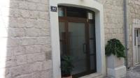 Apartment Benutić - Apartman - Prizemlje - Apartmani Kastel Stari