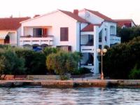 Guesthouse Lisica - Bungalow mit 1 Schlafzimmer und Gartenblick - Haus Petrcane