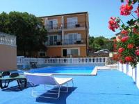 Apartments Trsina - Apartment mit 4 Schlafzimmern und Terrasse - Ferienwohnung Krk