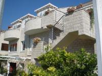 Apartments Sunce - Dvokrevetna soba s bračnim krevetom s balkonom - Sobe Mlini