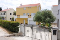 Apartments Kokić - Dvokrevetna soba s bračnim krevetom - zadar sobe