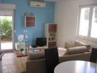 Apartment Marina - Dvoetažni apartman s 3 spavaće sobe i balkonom - Sobe Vela Luka