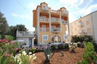 Villa Adriatic - One-Bedroom Apartment with Balcony - Okrug Gornji