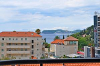 Apartment Sunny Bay - Two-Bedroom Penthouse Apartment with balcony and Sea View - dubrovnik apartment old city