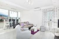 Apartment Luci - Apartment - apartments makarska near sea