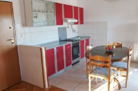 Apartment Ria - Apartment with Balcony - Kastel Gomilica