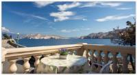 Guest House Villa Baska - Dvokrevetna soba s bračnim krevetom i balkonom s pogledom na more - Sobe Baska