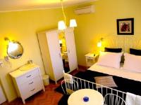 House Rozi - Dvokrevetna soba s bračnim krevetom s balkonom - Palit