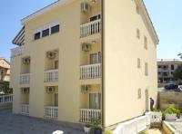 Guesthouse Villa Adria - Dreibettzimmer - Zimmer Malinska