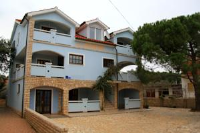Apartments Vila Afrodita - Standard Three-Bedroom Apartment - Vir