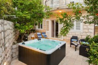 Apartment Barbara - Two-Bedroom Apartment with Spa Bath and Terrace - dubrovnik apartment old city