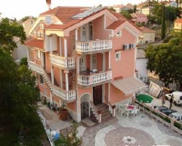 Apartments Ivec - Double Room with Shared Bathroom and Balcony - Rooms Malinska