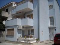 Apartments Fruk - Apartman s 1 spavaćom sobom, terasom i pogledom na more - Jadranovo