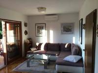 Apartment Poljicka - Two-Bedroom Apartment with Terrace and Balcony - Malinska