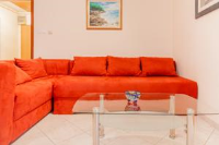 Apartment Aldo - Two-Bedroom Apartment with Terrace - booking.com pula