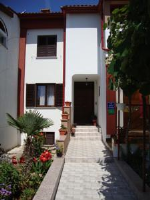 Apartments Pero - Apartment mit 3 Schlafzimmern und Meerblick - booking.com pula