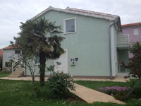 Apartments Patricia - Quadruple Room with Private Bathroom - apartments in croatia
