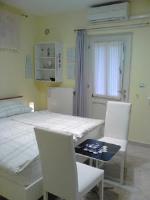 Room Sarah - Dvokrevetna soba s bračnim krevetom ili s 2 odvojena kreveta s pogledom na vrt - Rijeka