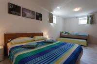 Apartman Kondic - Apartment - Erdgeschoss - Haus Omisalj