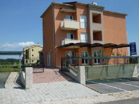 Rooms Grgic - Family Room with Balcony and Sea View (2 Adults + 2 Children) - Rooms Zecevo Rogoznicko